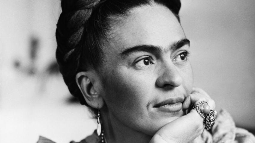 Frida khalo e il simbolismo nella sua arte ci trasportano alla rivoluzione Messicana