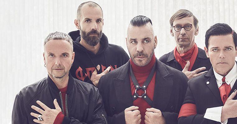 I Rammstein portano in auge Goethe e i fratelli Grimm con la loro canzone Rosenrot