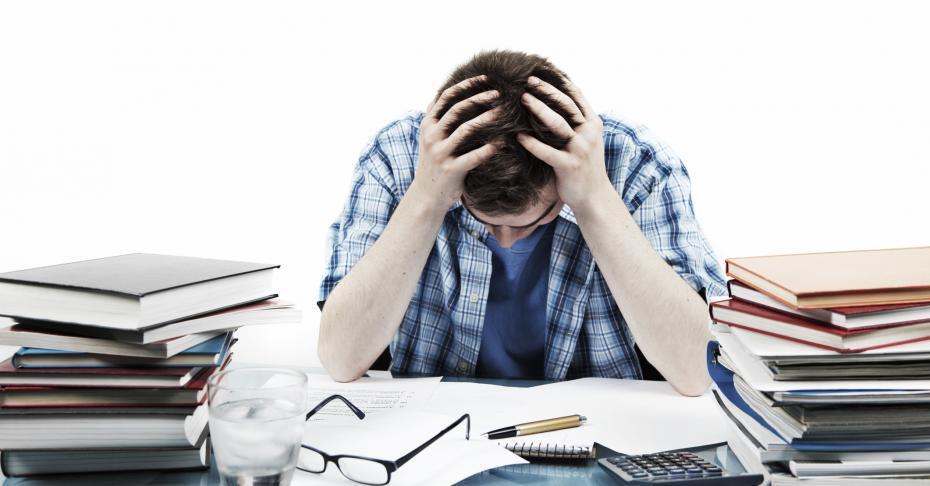 Il liceo: strumento oppressivo o potenziale per i giovani d'oggi? Aristotele risponde