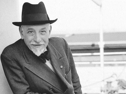 """Luigi Pirandello tra """"i grandi della letteratura italiana"""" nell'omonimo programma: scopriamo perché."""