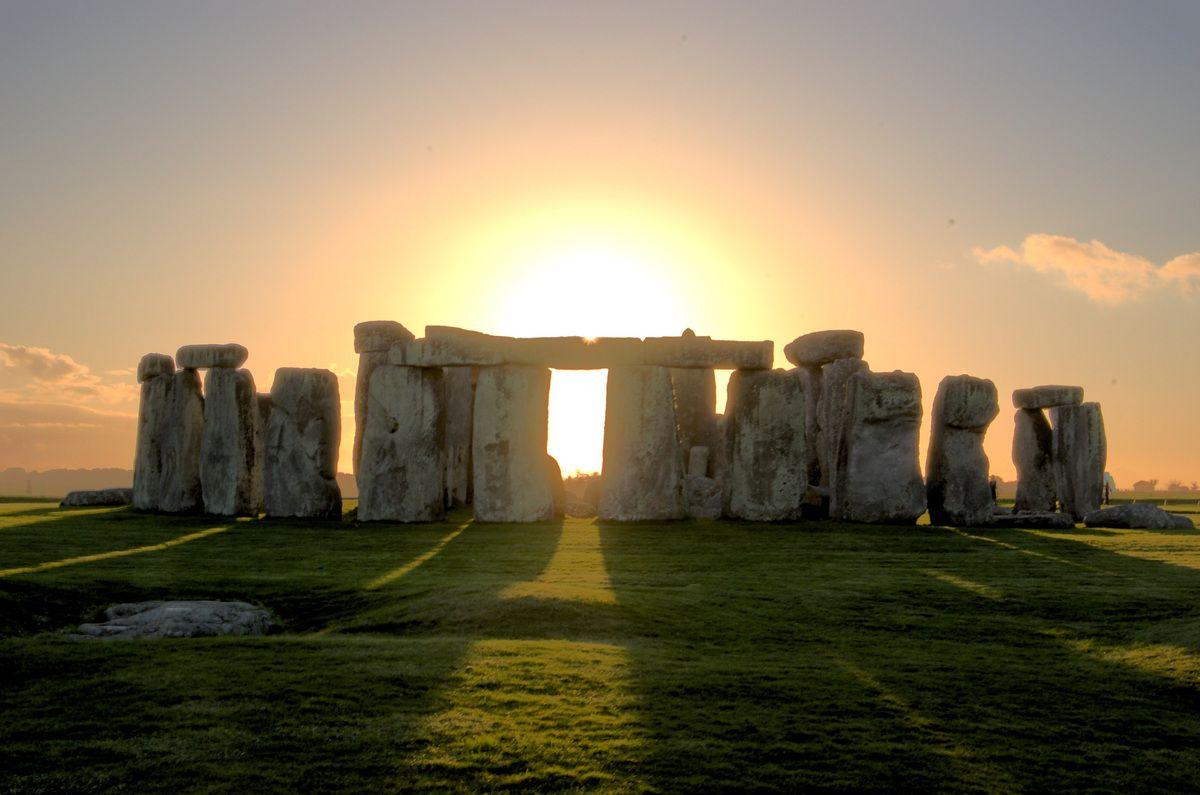 Cosa sono davvero i megaliti: Stonehenge e gli antenati dei templi e delle chiese