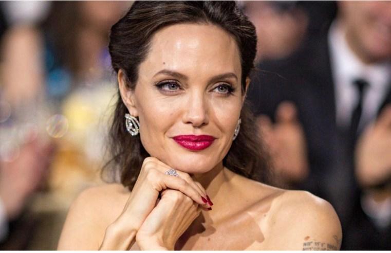 Angelina Jolie e la sua predisposizione al tumore: i geni BRCA, responsabili della malattia