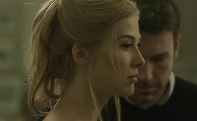 """Giasone e Medea vivono tragicamente in una tradizionale famiglia americana in """"Gone Girl"""""""