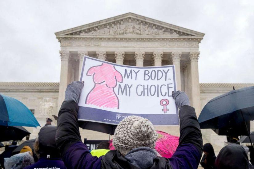 Chi deve scegliere? L'epopea del diritto all'aborto dagli anni '70 ad oggi