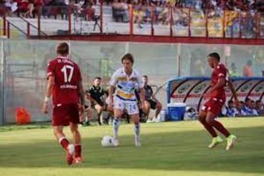 Micai e Ravaglia mantengono lo 0-0 tra Reggina e Frosinone