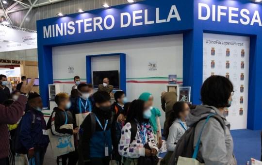 """La collana """"Storie di mare"""" della Guardia Costiera incanta al Salone del Libro di Torino"""