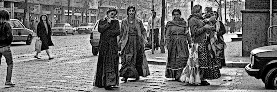 Donne rom a Milano nel 1984 - Fonte Wikipedia