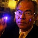 El creador de los LEDs es reconocido por aporte a la humanidad