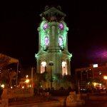 Cuenta con iluminación LED el Reloj Monumental de Pachuca