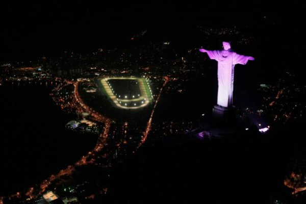 Cristo Redentor noche