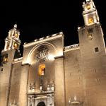 Philips organiza un recorrido para disfrutar la iluminación del centro histórico de Mérida