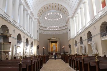 Catedral-dinamarca-luz-natural