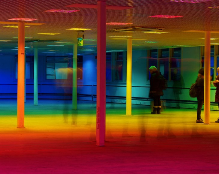 liz-west-your-colour-perception-designboom-03