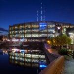 Barclaycard Arena brilla en el horizonte de Birmingham