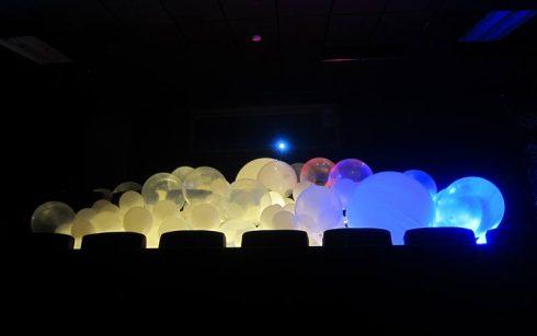 dia-internacional-luz-morelos-bolas