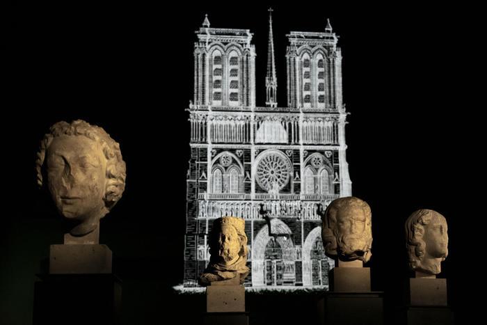 sculture gotiche notre-dame