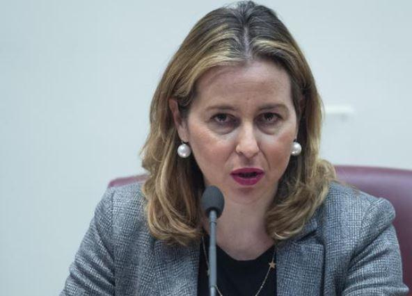 Sanità: Grillo, 'Corruzione altissima, rescindere legame con politica'