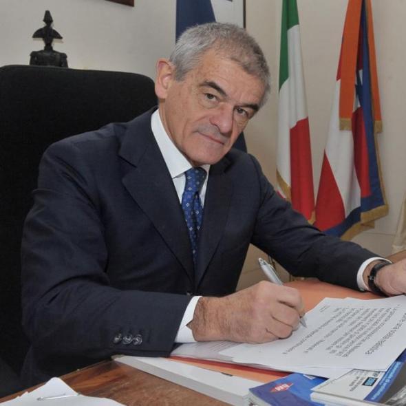 Sergio Chiamparino rinuncia al seggio