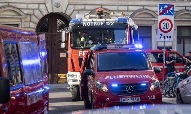 Vienna, per una fuga di gas crolla palazzo: 14 feriti