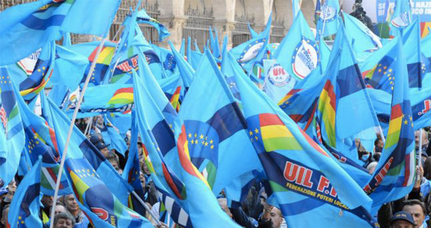 Salvini presenta la flat tax al Viminale: