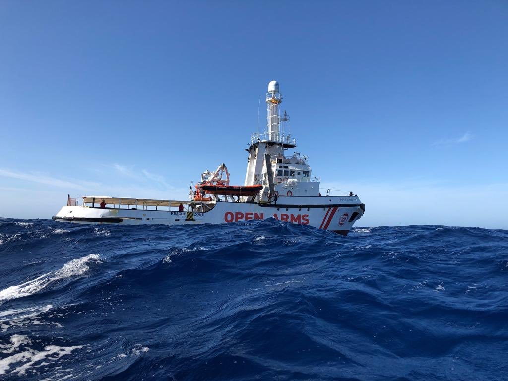 Nave Open Arms, per migranti settimo giorno in mare