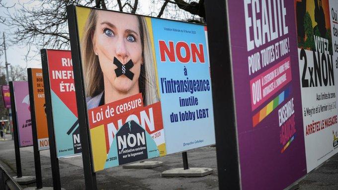 Svizzera manifesti elettorali sul referendum contro l'omofobia