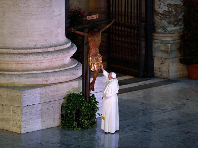 Papa Francesco domenica del pianto