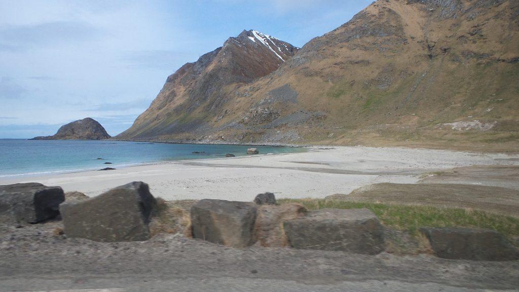 lofoten-spiaggia-gimsoy