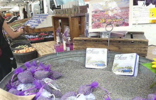 In piazza dei Caduti il mercatino regionale francese