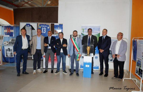 """""""Un secolo d'azzurro"""", grande successo per la mostra a Civita"""
