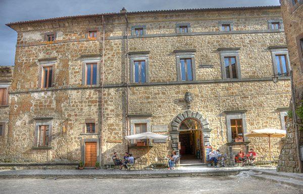 Per le Giornate del Fai apre al pubblico Palazzo Tecchi a Bagnoregio