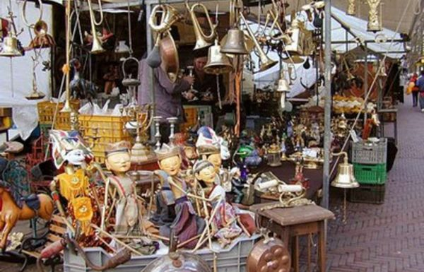 A Sant'Angelo il mercatino di hobbistica