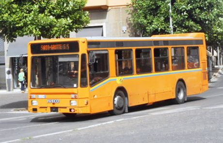 Settanta famiglie chiedono il ripristino delle corse bus per gli studenti