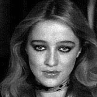 Grande fratello vip 3 : Eleonora Giorgi si dichiara hippy e si mette nel letto due ragazzi della casa….