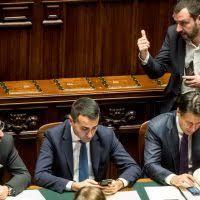 M5s pronti a legalizzare la cannabis, ma Salvini con la Lega contrastrano e dicono no!tu sei favorevole o no?Rispondi al sondaggio