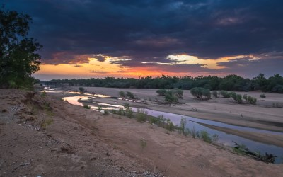 Sunset donkere wolken Fitzroy River