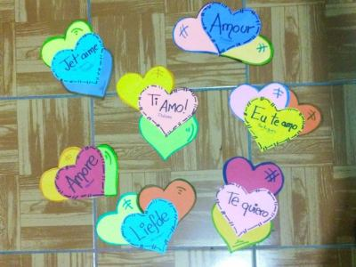 Colecci n con m s de 50 ideas peri dico mural y for Decoracion amor y amistad oficina