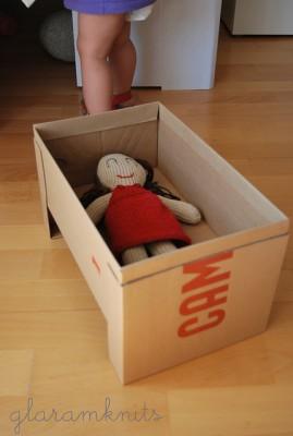 Juguetes reciclados con cajas de carton (2)