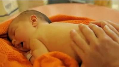 Bebés agua masaje
