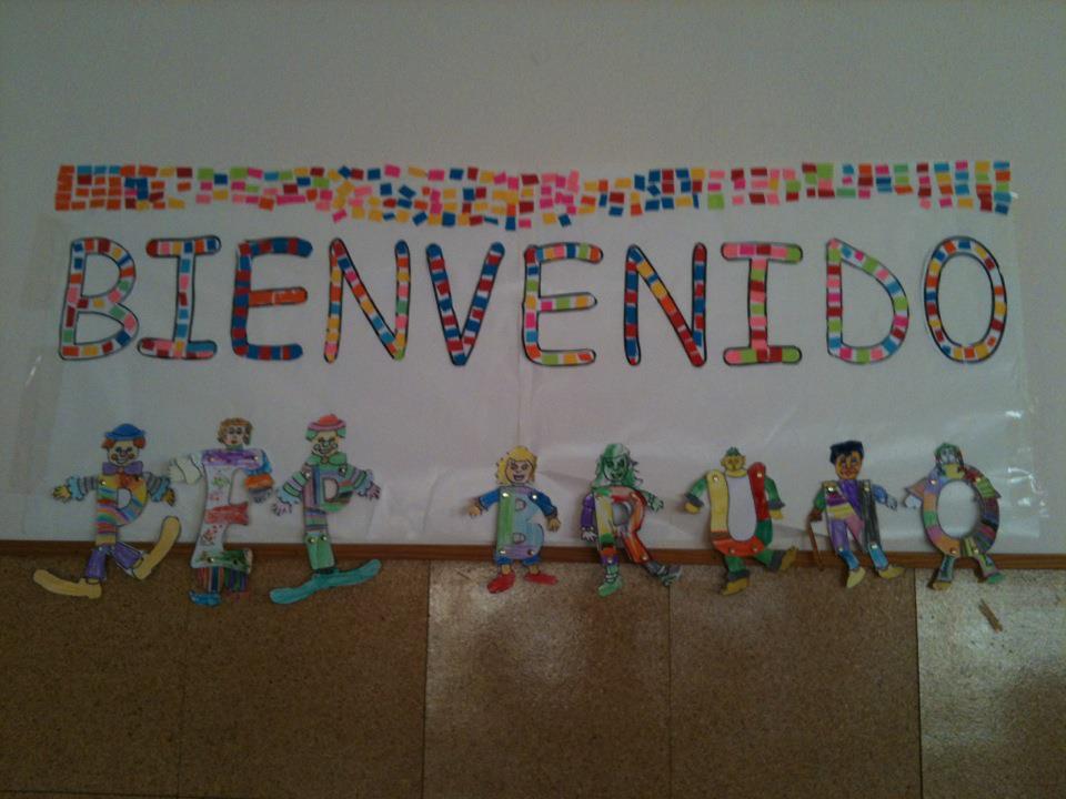 periódico mural del mes de Agosto Mural de Bienvenida (2 ... Resolver Conflictos