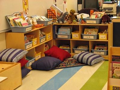 Biblioteca de Aula o salón (19)