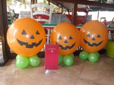 "ideas para decorar con globos para niños ""Halloween"" (13)"