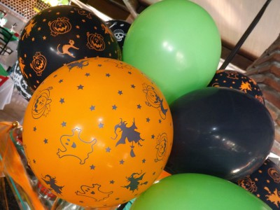 "ideas para decorar con globos para niños ""Halloween"" (16)"