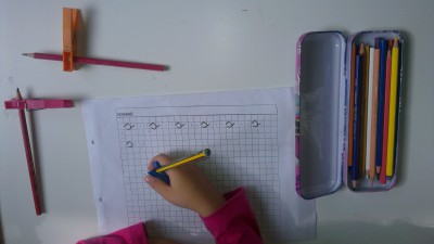 Truco enseñar a coger el lápiz correctamente (19)