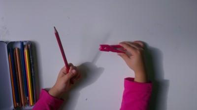 Truco enseñar a coger el lápiz correctamente (3)