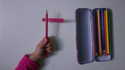 Truco enseñar a coger el lápiz correctamente (6)