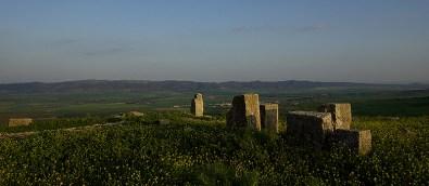 Le site de Dougga domine les collines environnantes - Tunisie 2009