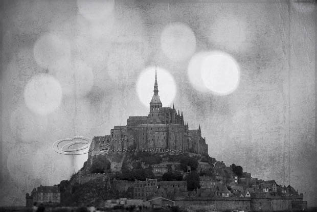 Mont St. Michel, France, monastery, cloister, island, Normandy, bokeh