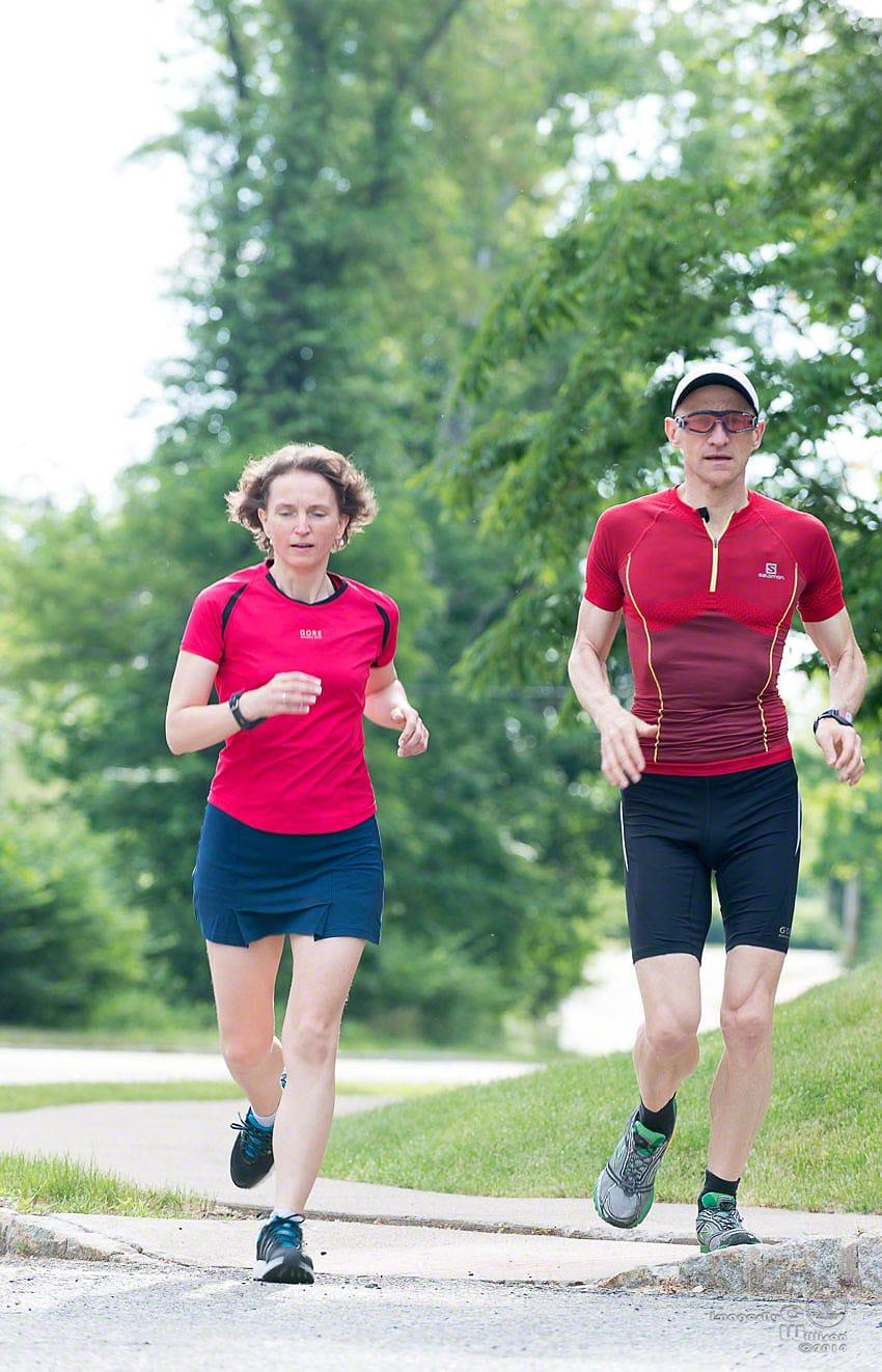 Sigi & Tina running