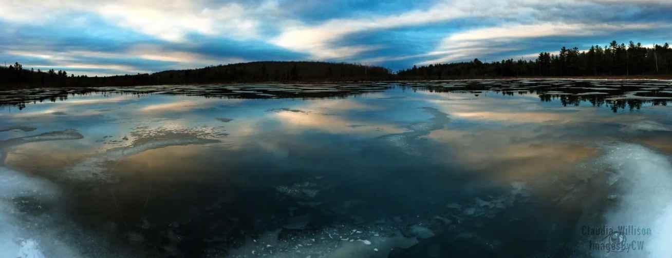 Lake cloud reflection panorama